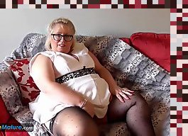 mature solo masturbation